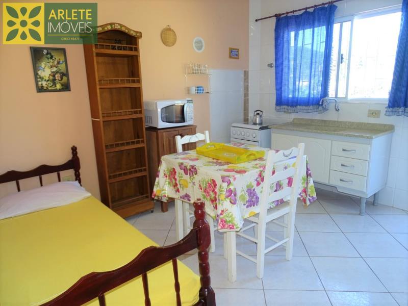 11 - living residencial locação porto belo