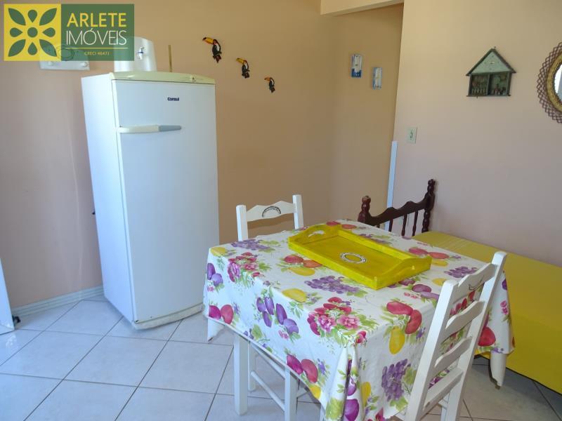 13 - cozinha residencial locação porto belo