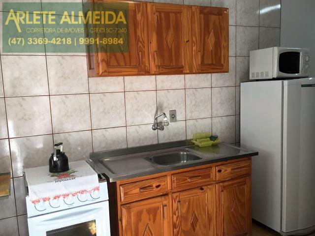 7 - cozinha casa locação porto belo