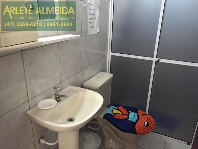 9 - banheiro casa locação porto belo