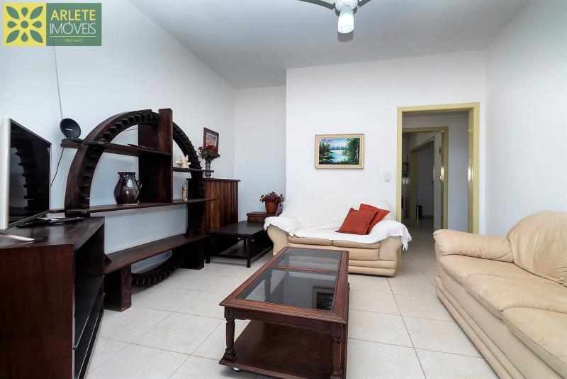 15 - sala de estar casa locação beira mar perequê
