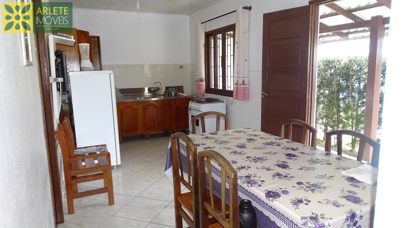 Casa Codigo 144 para Temporada no bairro Centro na cidade de Porto Belo