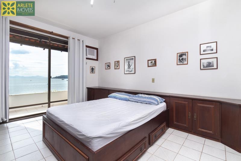 5 - suíte casa beira mar locação porto belo