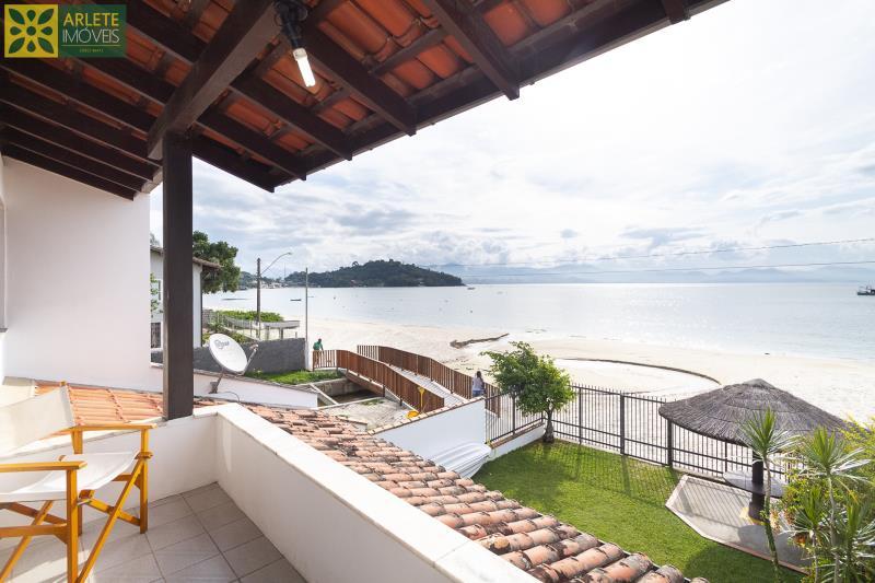10 - sacada casa beira mar locação porto belo