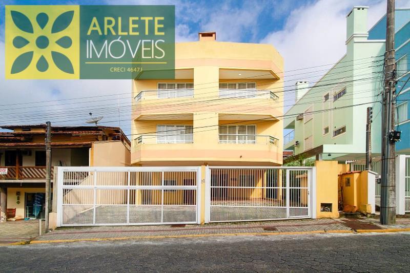 Apartamento Codigo 346 para Temporada no bairro Centro na cidade de Bombinhas
