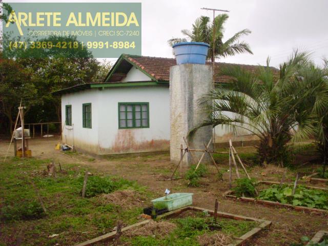 9 - FACHADA DA CASA