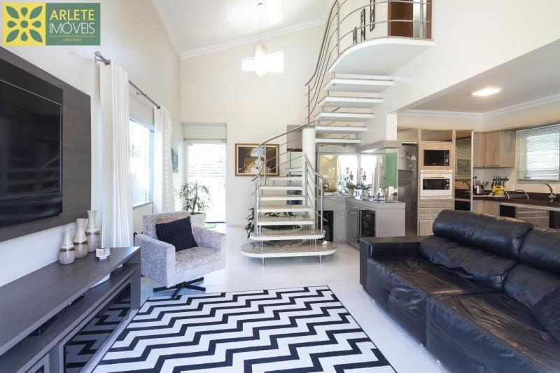 19 - sala de estar casa com piscina para aluguel em Bombinhas