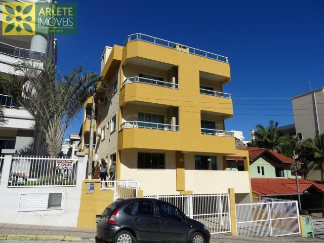Apartamento Codigo 439 para Temporada no bairro Bombas na cidade de Bombinhas