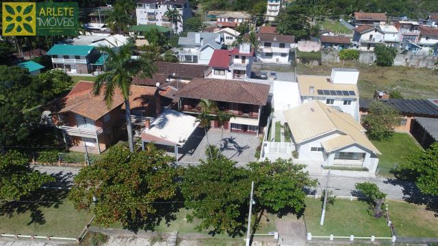 Casa Codigo 178 para Temporada no bairro Centro na cidade de Porto Belo