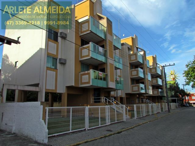 Apartamento Codigo 402 para Temporada no bairro Centro na cidade de Bombinhas