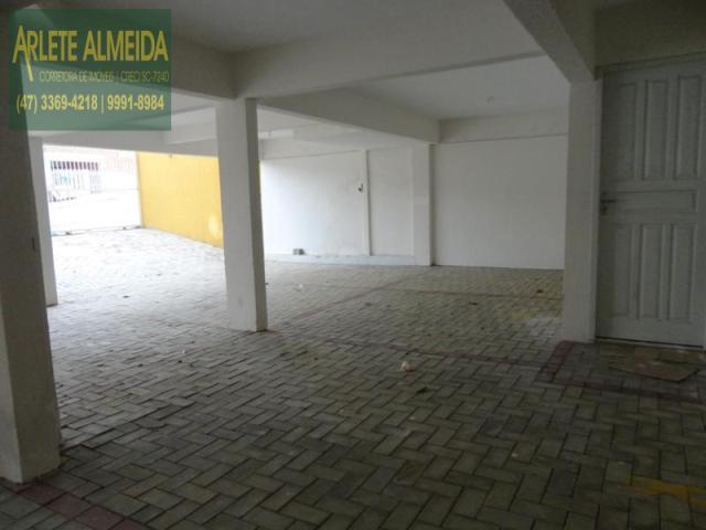 15 - Garagens