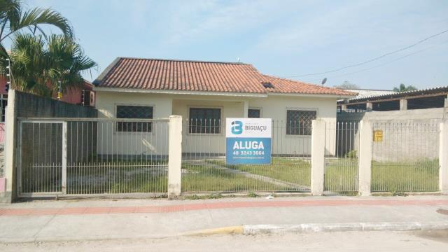 Casa-Código-276-para-Alugar--no-bairro-Rio Caveiras-na-cidade-de-Biguaçu
