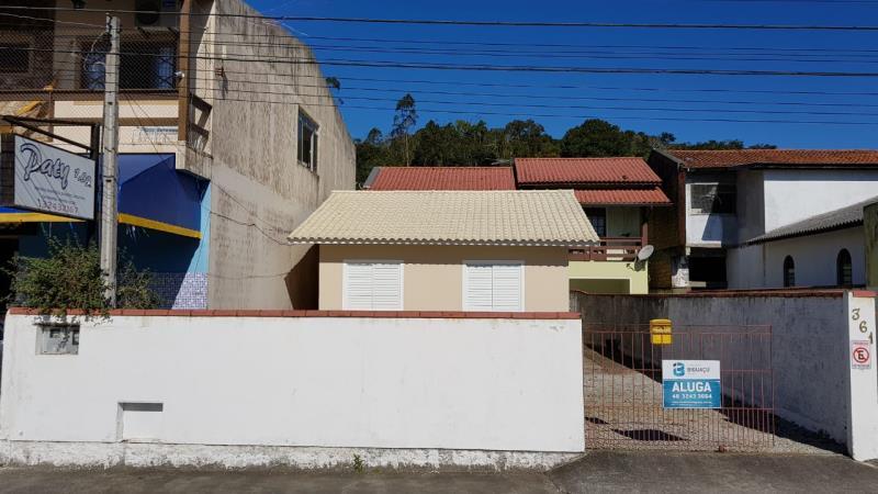 Casa-Código-1897-para-Alugar--no-bairro-Rio Caveiras-na-cidade-de-Biguaçu