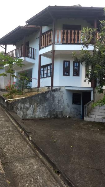 Casa-Código-2057-para-Alugar--no-bairro-Boa Vista-na-cidade-de-Biguaçu