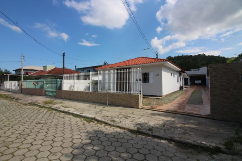 Casa - Código 345 Imóvel a Venda no bairro Passa Vinte na cidade de Palhoça