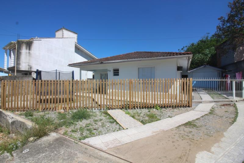 Casa - Código 675 Imóvel a Venda no bairro Jardim Aquarius na cidade de Palhoça