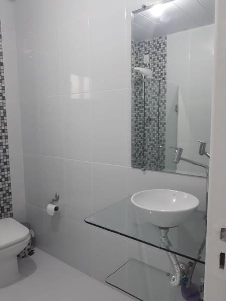 Banheiro com fino acabamento