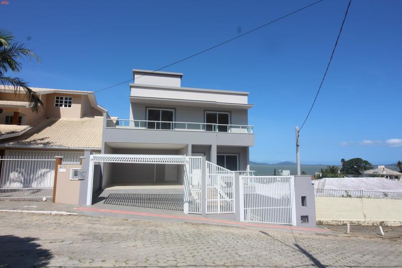 Casa - Código 871 Imóvel a Venda no bairro Ponta de Baixo na cidade de São José