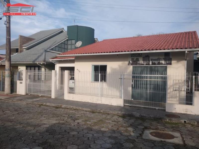Casa - Código 989 Imóvel a Venda no bairro Centro na cidade de Biguaçu