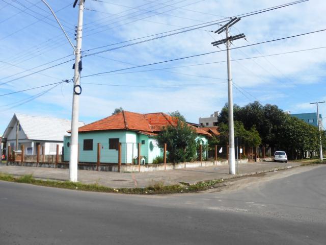 Casa-Código-241-a-Venda--no-bairro-Centro-na-cidade-de-Tramandaí