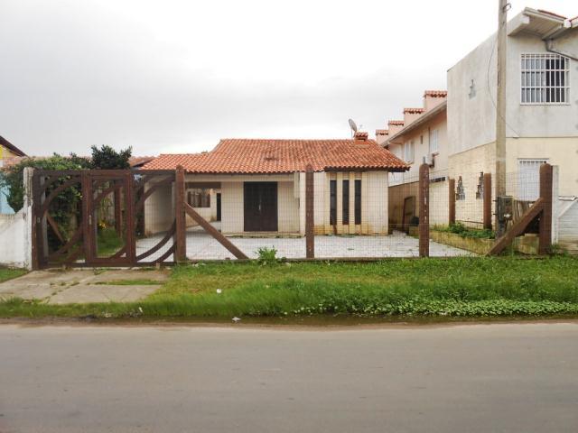 Casa-Código-323-a-Venda--no-bairro-Centro-na-cidade-de-Tramandaí