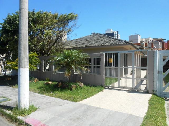 Casa-Código-1640-a-Venda--no-bairro-Centro-na-cidade-de-Tramandaí