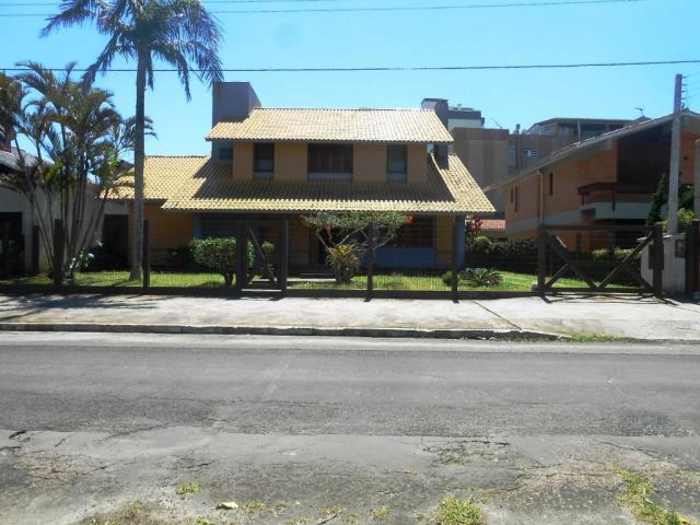 Sobrado-Código-1696-a-Venda--no-bairro-Centro-na-cidade-de-Tramandaí
