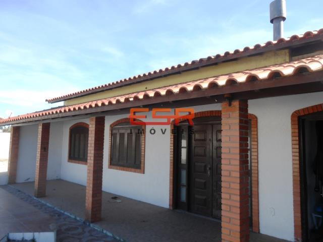 Casa-Código-2239-a-Venda--no-bairro-Parque dos Presidentes-na-cidade-de-Tramandaí