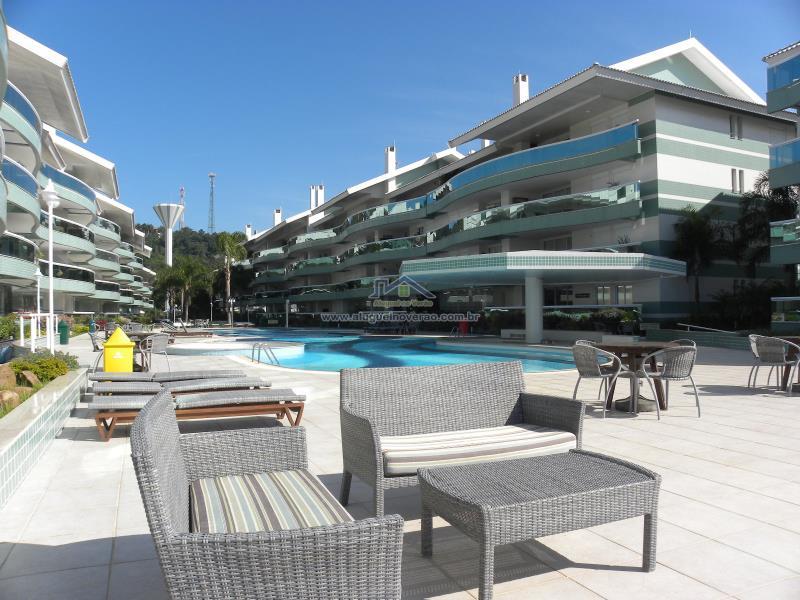 Apartamento Codigo 11123 para temporada no bairro Praia Brava na cidade de Florianópolis Condominio costa do sol