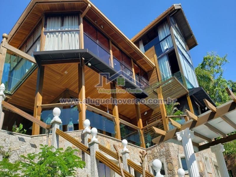 Casa Codigo 1011 a Venda no bairro Praia Brava na cidade de Florianópolis Condominio