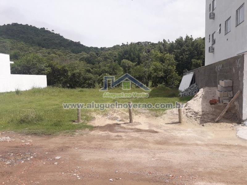 Terreno Codigo 3100 no bairro Ponta das  Canas na cidade de Florianópolis Condominio