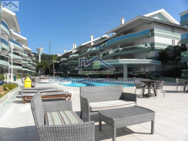 Apartamento Codigo 11100 para temporada no bairro Praia Brava na cidade de Florianópolis Condominio costa do sol