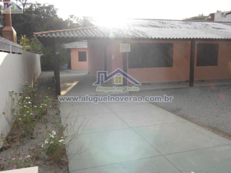 Casa Codigo 2004 para temporada no bairro Lagoinha na cidade de Florianópolis Condominio