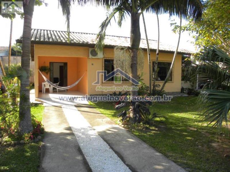 Casa Codigo 3001 para temporada no bairro Ponta das  Canas na cidade de Florianópolis Condominio