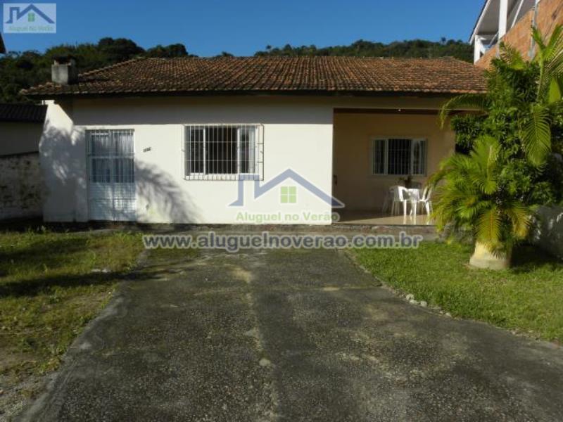 Casa Codigo 3003 para temporada no bairro Ponta das  Canas na cidade de Florianópolis Condominio