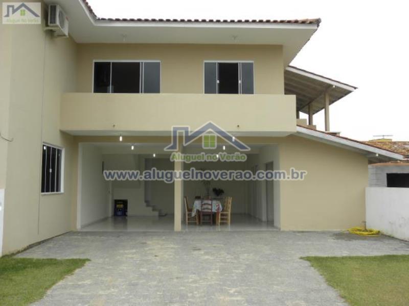 Casa Codigo 3015 para temporada no bairro Ponta das  Canas na cidade de Florianópolis Condominio