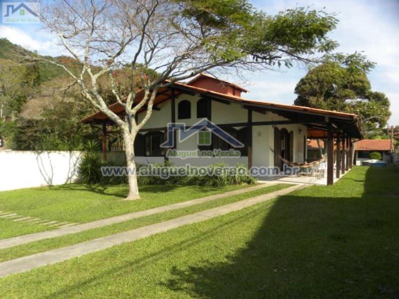 Casa Codigo 2026 para temporada no bairro Lagoinha na cidade de Florianópolis Condominio