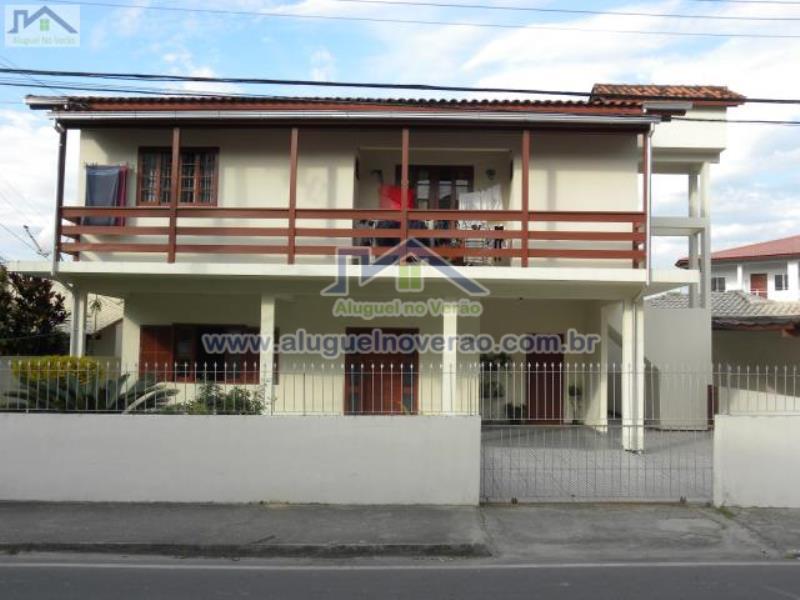 Casa Codigo 3017 para temporada no bairro Ponta das  Canas na cidade de Florianópolis Condominio