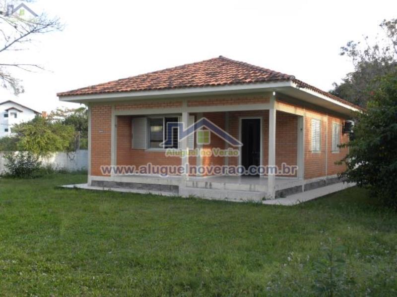 Casa Codigo 3022 para temporada no bairro Ponta das  Canas na cidade de Florianópolis Condominio