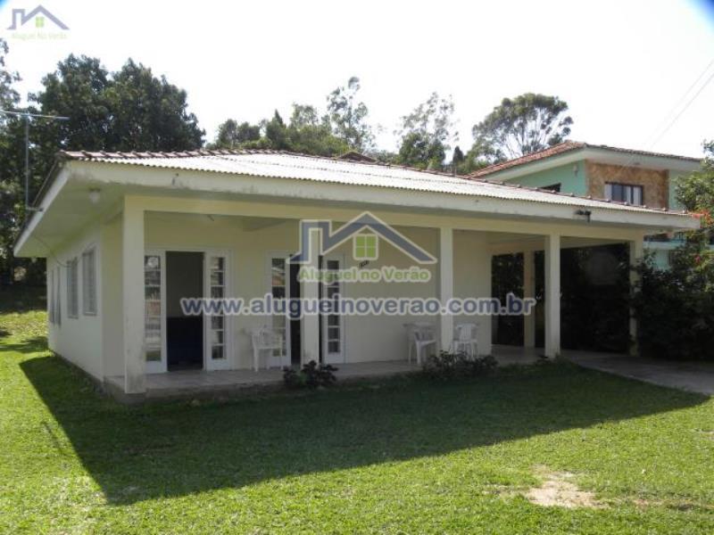 Casa Codigo 3024 para temporada no bairro Ponta das  Canas na cidade de Florianópolis Condominio