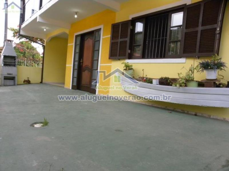 Casa Codigo 2030 para temporada no bairro Lagoinha na cidade de Florianópolis Condominio