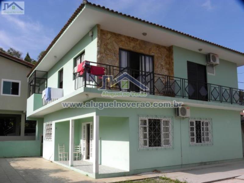 Casa Codigo 3025 para temporada no bairro Ponta das  Canas na cidade de Florianópolis Condominio