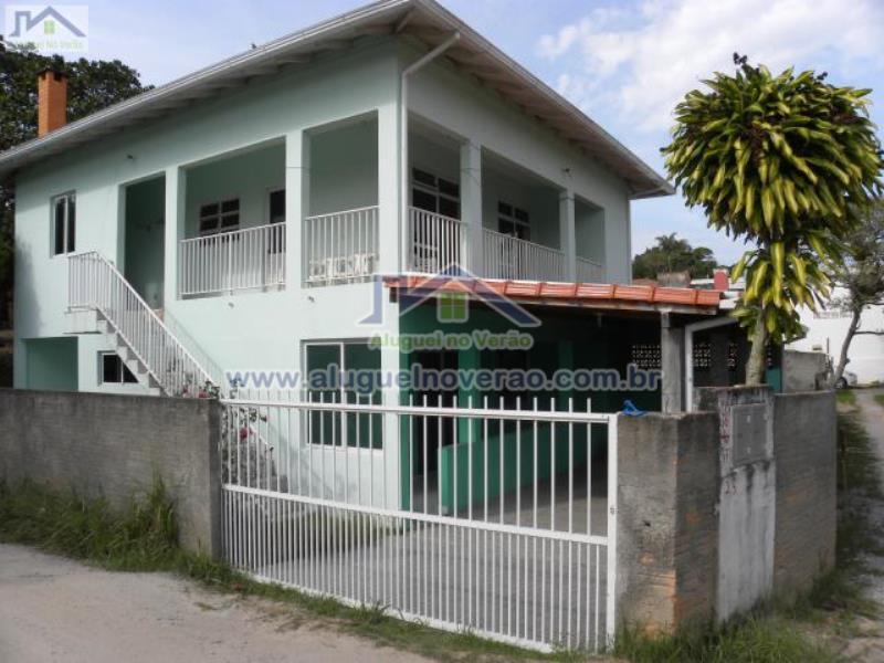 Casa Codigo 2044 para temporada no bairro Lagoinha na cidade de Florianópolis Condominio