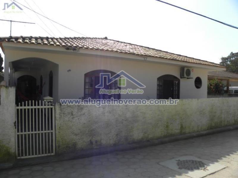 Casa Codigo 3028 para temporada no bairro Ponta das  Canas na cidade de Florianópolis Condominio