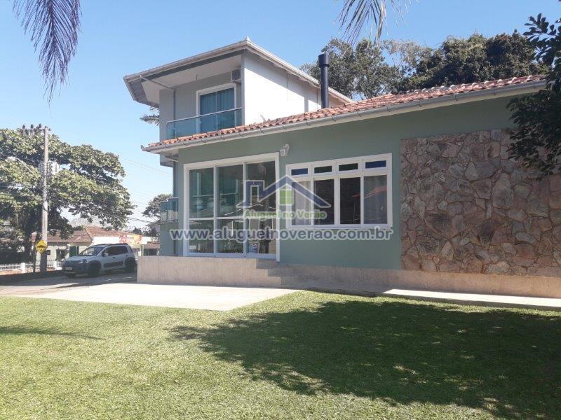 Casa Codigo 3029 para Locacao  no bairro Ponta das  Canas na cidade de Florianópolis