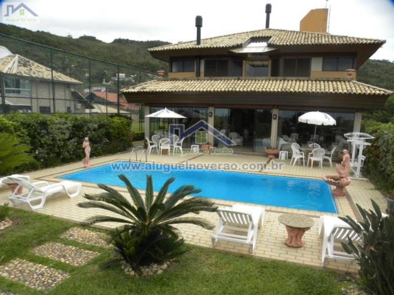 Casa Codigo 1004 a Venda no bairro Praia Brava na cidade de Florianópolis Condominio