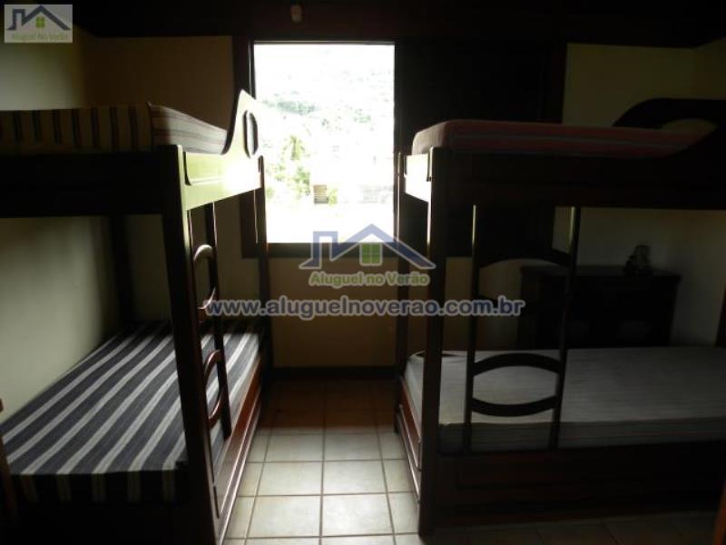 Dormitorio 02