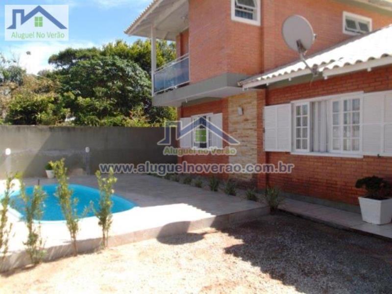 Casa Codigo 3030 para temporada no bairro Ponta das  Canas na cidade de Florianópolis Condominio
