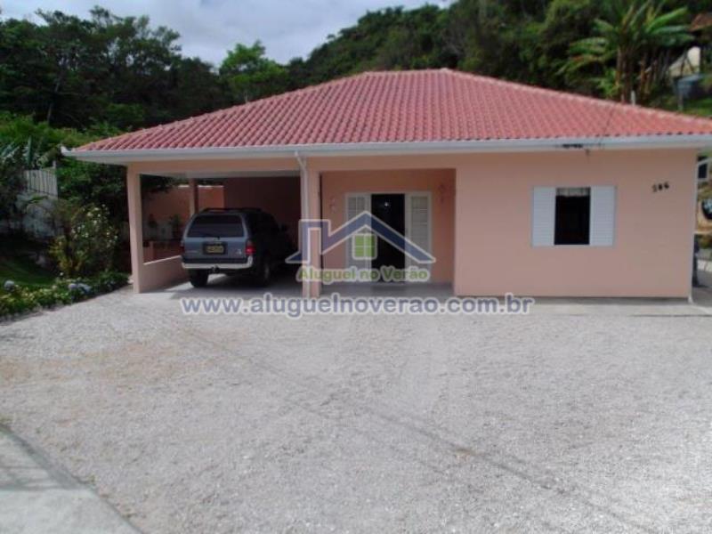Casa Codigo 2054 para temporada no bairro Lagoinha na cidade de Florianópolis Condominio