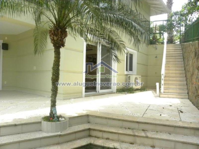 Casa Codigo 1008 para temporada no bairro Praia Brava na cidade de Florianópolis Condominio